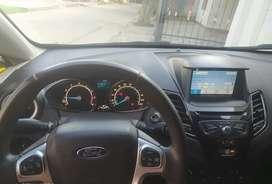 Hermoso Ford Fiesta Titanium 2016
