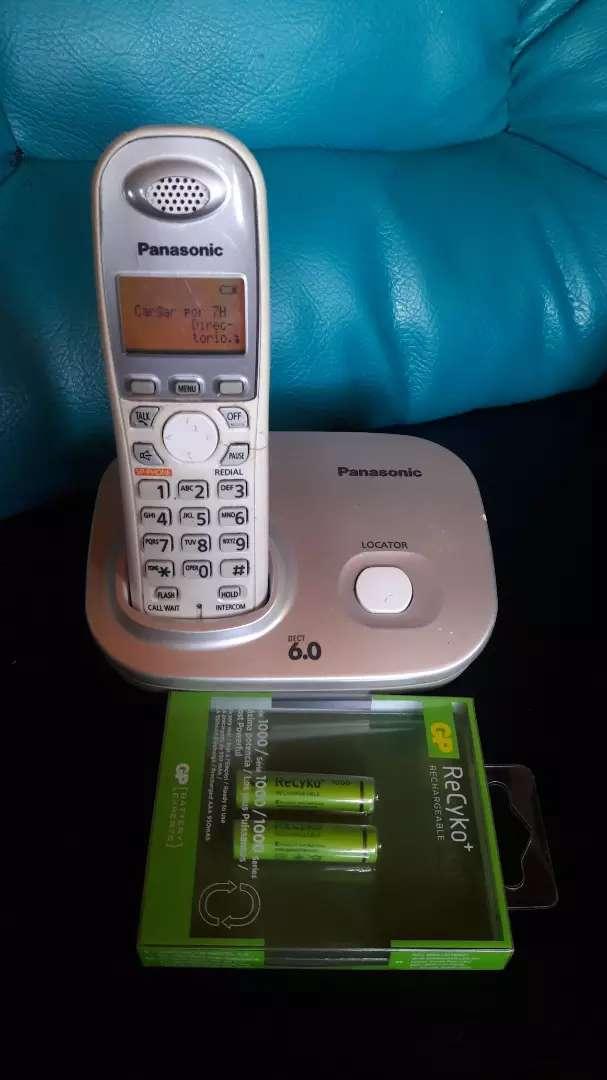 Panasonic de pantalla con altavoz 0