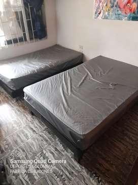Vendo base cama sencilla y base cama semidoble con colchónes y forros