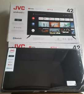 "Smart  TV JVC 42"" - SELLADO ."