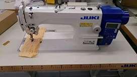 Técnico de maquinas de coser industrial y familiar