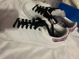 Vendo zapatilla Stan Smith