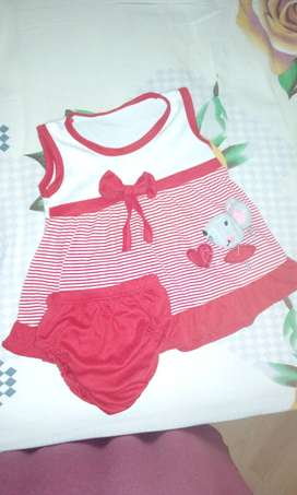 Vestidos para bebé niña en buen Estado