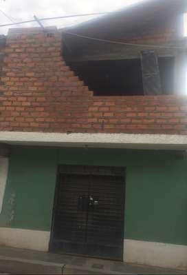 Se vende casa 100m2  2 pisos