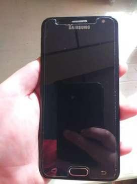 Vendo celulares o cambio j2 y j5 en muy buen estado con protector  j2 recien cambiado la bateria todo funcional