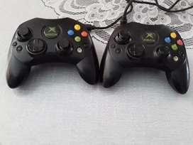 Se vende controles de xbox normal originales  como nuevos
