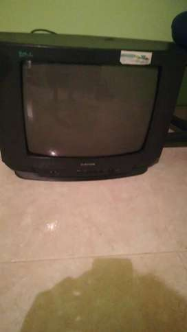 Televisor samsung de 21 pulgadas antiguo