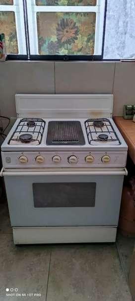 Ocasión refrigeradora y cocina