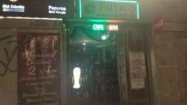 Se necesita mujer joven 18-28 años para trabajar en Papyros café refugio