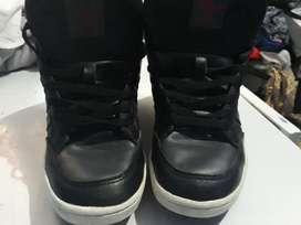Zapatillas Adidas originales varonil t/39