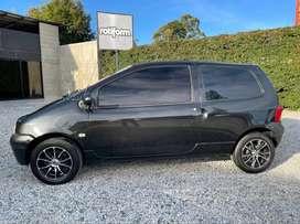 Renault Twingo negro perlado modelo 2010
