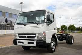Camión Japones 100% Mitsubishi FUSO 7.5 M/L peso bruto vehicular 7.500 kilos báscula