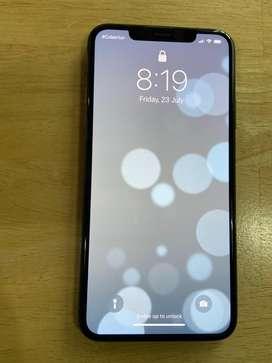 iPhone 11 Pro Max (DISPONIBLE) - Negro Matte - 64gb