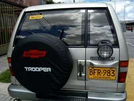 Venta de camioneta Trooper