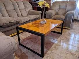 """Mesas ratonas, estilo industrial medidas 40 x 60 x 100 cm madera 2"""" maciza, laqueada, excelente calidad y durabilidad."""