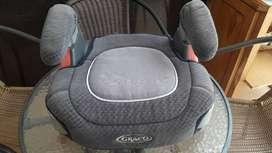 Vendo silla de auto alzador booster Graco