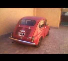 Titular vende Fiat 600