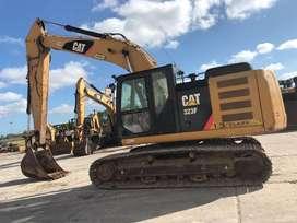 Excavadora CAT 323FL del 2015 Con 3900 Horas Importado