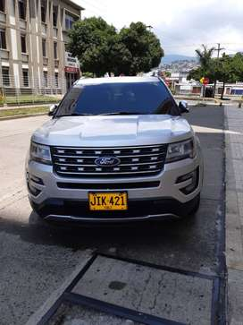 Vendo Ford explorer limited  modelo 2017. 53.000 Km105
