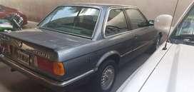 BMW 320 i 1984