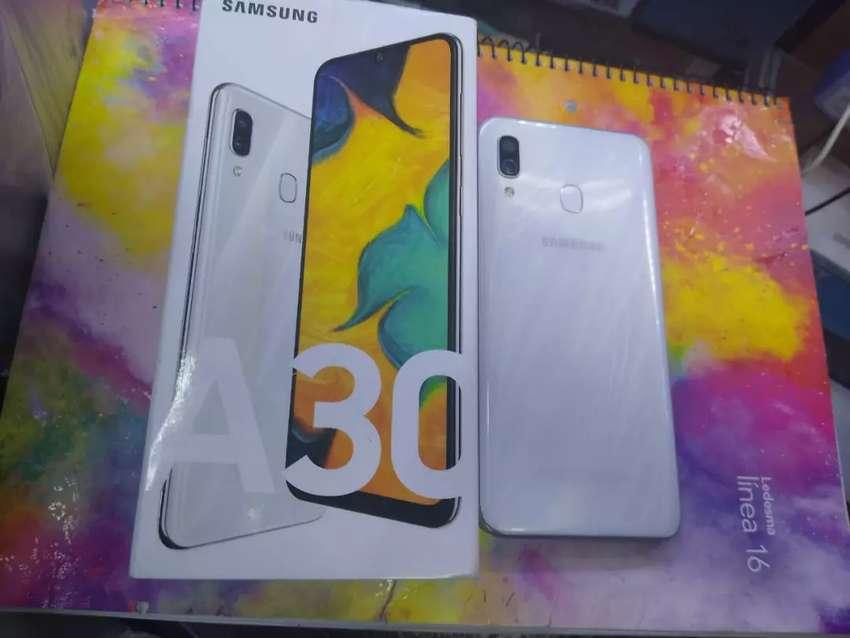 Samsung Galax A30 0