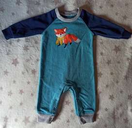 Vendo lote de ropa para bebe perfecto estado