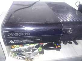 Vendo Xbox 360  súper Slim 5.0 en muy buen estado