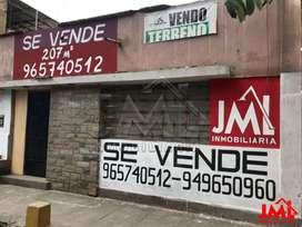 Terreno en La Av España Altura Boulevard Primavera Centro de Trujillo