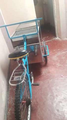 Vendo triciclo de chuzos de acero inoxidable inf
