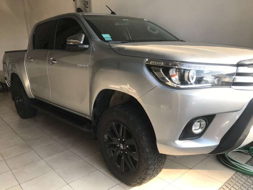Toyota Hilux srx 0