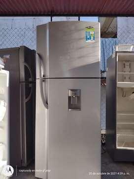 Se vende nevera haceb no frost 370 litros