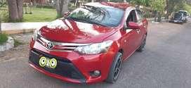 Se vende Toyota Yaris año 2014, modelo 2015