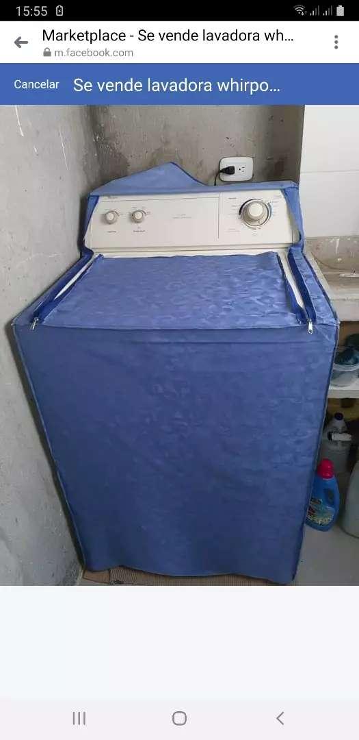 Se vende lavadora whirpool en exelente estado con su forro 0