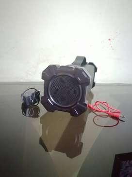 Parlantes tsk - 610 karaoke y parlante jaltech