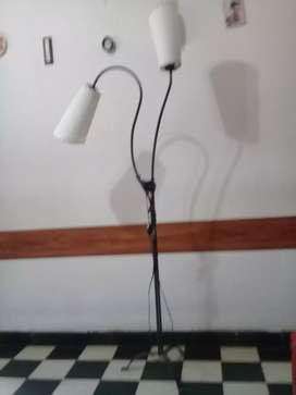 Velador de pie con 2 lamparas de caño especial para hogar