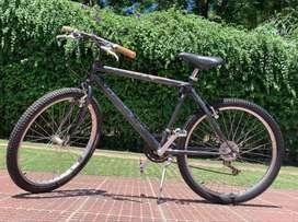 Bici Montan Bike marca Arrate Urko Plus Rod 26 - buen estado