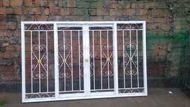 Fabricación, reparación y mantenimiento de rejas y cortinas enrollables