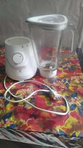 Una licuadora electrolux vaso de vidrio precio negociable