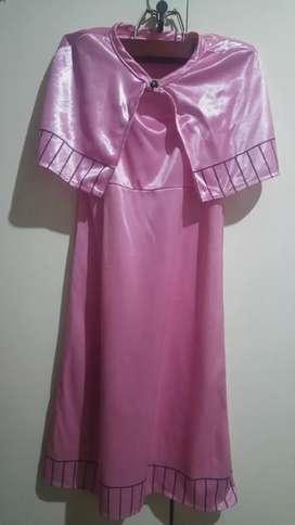 Disfraz de nena vestido más capita