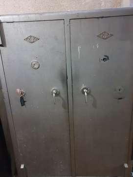 Caja fuerte doble puerta