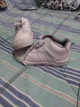 Tenis y zapatillas para colegio
