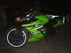 Vendo moto ninja250r