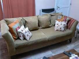 Vendo Sillon tapizado en chenil