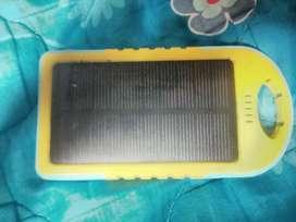 Batería portatil solar