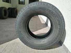 Bridestone 265 70 R15 HT