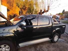 Toyota Hilux srv 3.0 doble cabina e