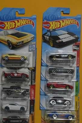 Hot Wheels Lote 10 carros Ediciones Pasadas Nuevos Coleccionables L6