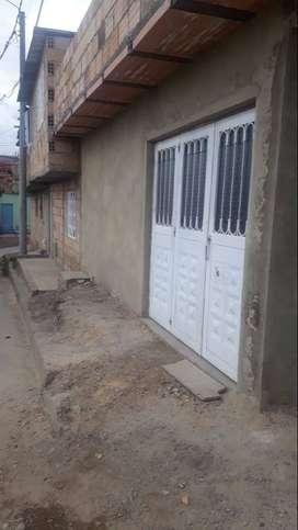 vendo o permuto por finca , una casa en Bogotá