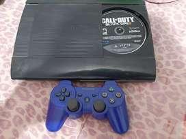 Ps3 excelente estado de 250GB súper Slim con 4 juegos y mando originales