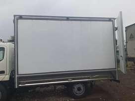 Vendo furgones frios de contenedores marigimos